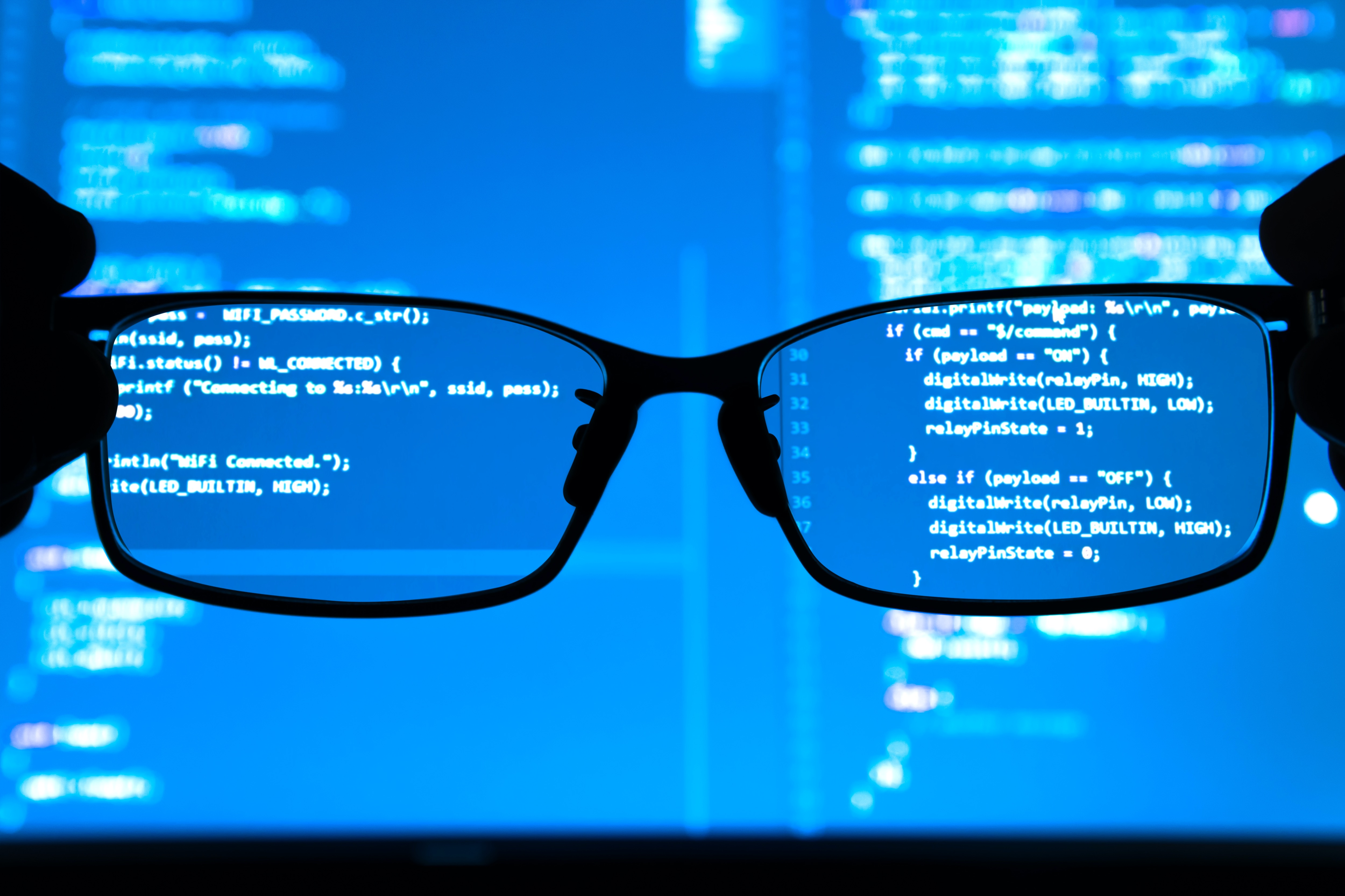 Looking at code through glasses